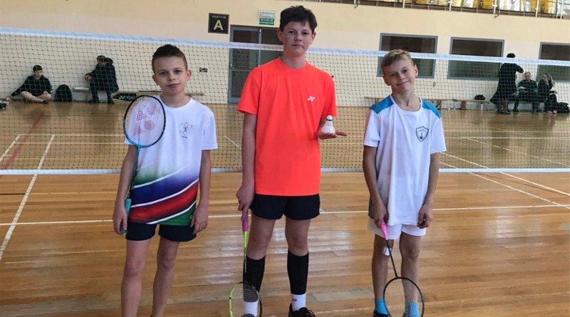 Ogromny sukces naszych Badmintonistów !!