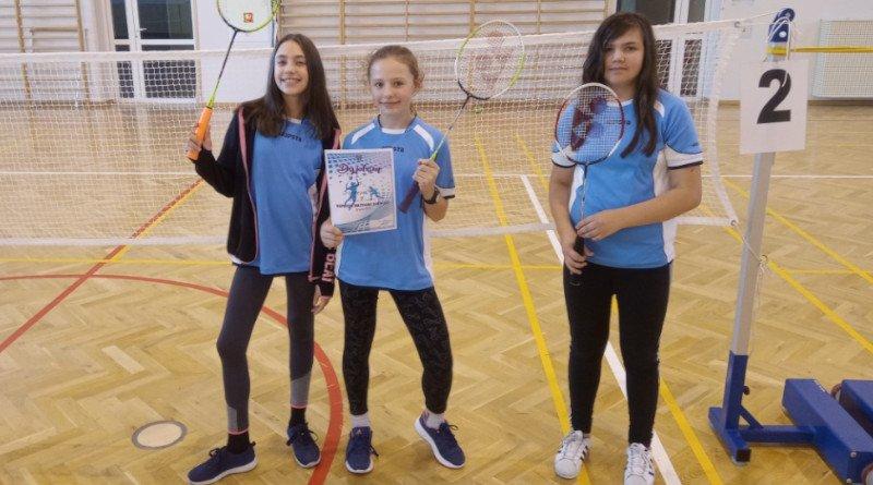Badminton – Udany występ naszych uczennic na Igrzyskach Dzieci
