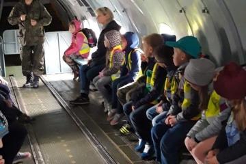 IIIb wycieczka do 8 bazy lotnictwa transportowego w Balicach